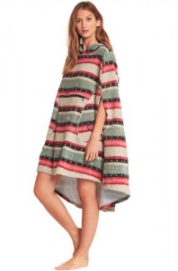 PONCHO BILLABONG HOODED SUGAR PINE UNICO 2019